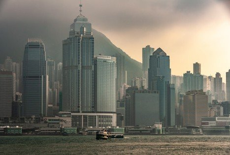 The Corner for Political & Business Views — Carefree Fugitives Looking to the North from Hong Kong